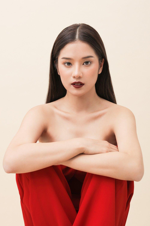 Hoang Yen Chibi: 'Doi luc phai hoi sexy mot chut, khong the kin cong cao tuong mai duoc' hinh anh 1