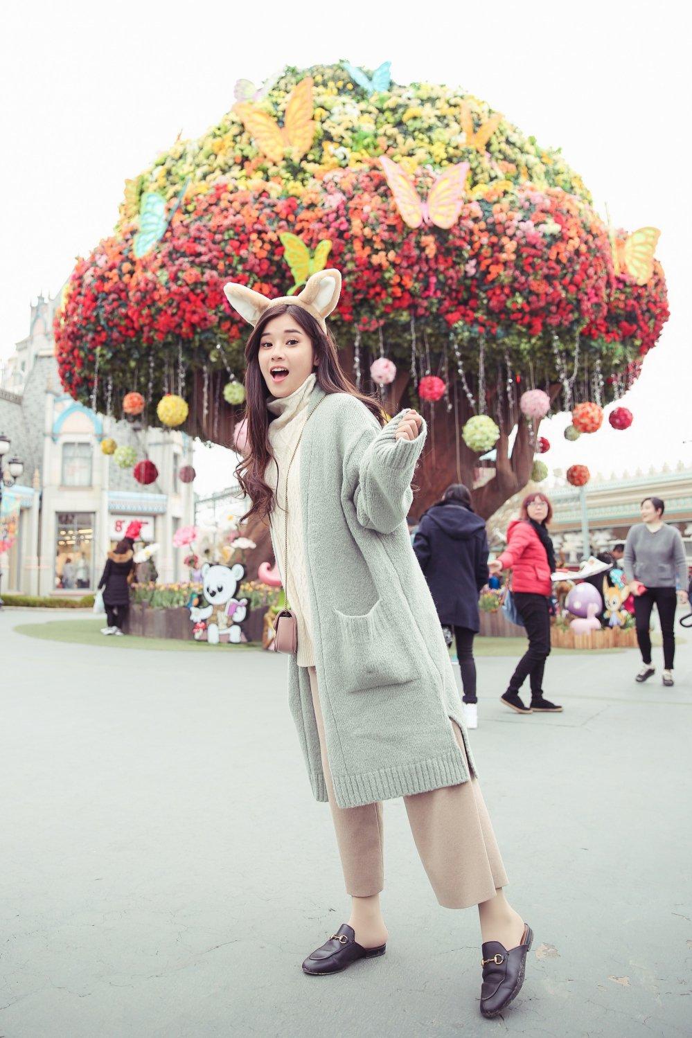 Hoang Yen Chibi tu lam stylist, khoe nhan sac trong veo tai Han Quoc hinh anh 4