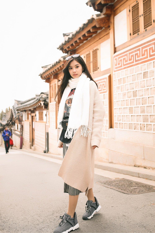Hoang Yen Chibi tu lam stylist, khoe nhan sac trong veo tai Han Quoc hinh anh 8