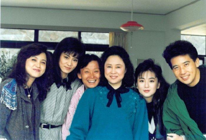 Nu dao dien 'Bao Thanh Thien' song canh chong chung qua doi hinh anh 2