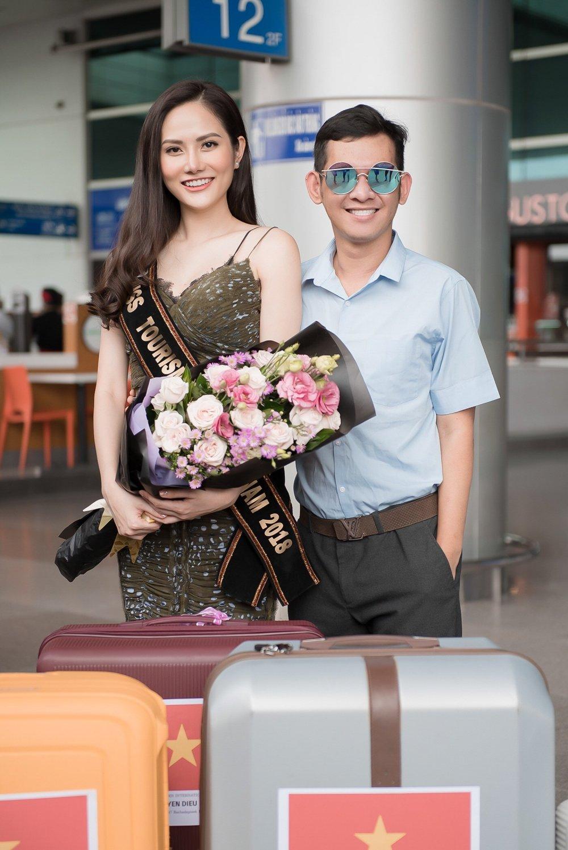 Dieu Linh mang hon 30 bo trang phuc du thi 'Nu hoang Du lich Quoc te 2018' hinh anh 5