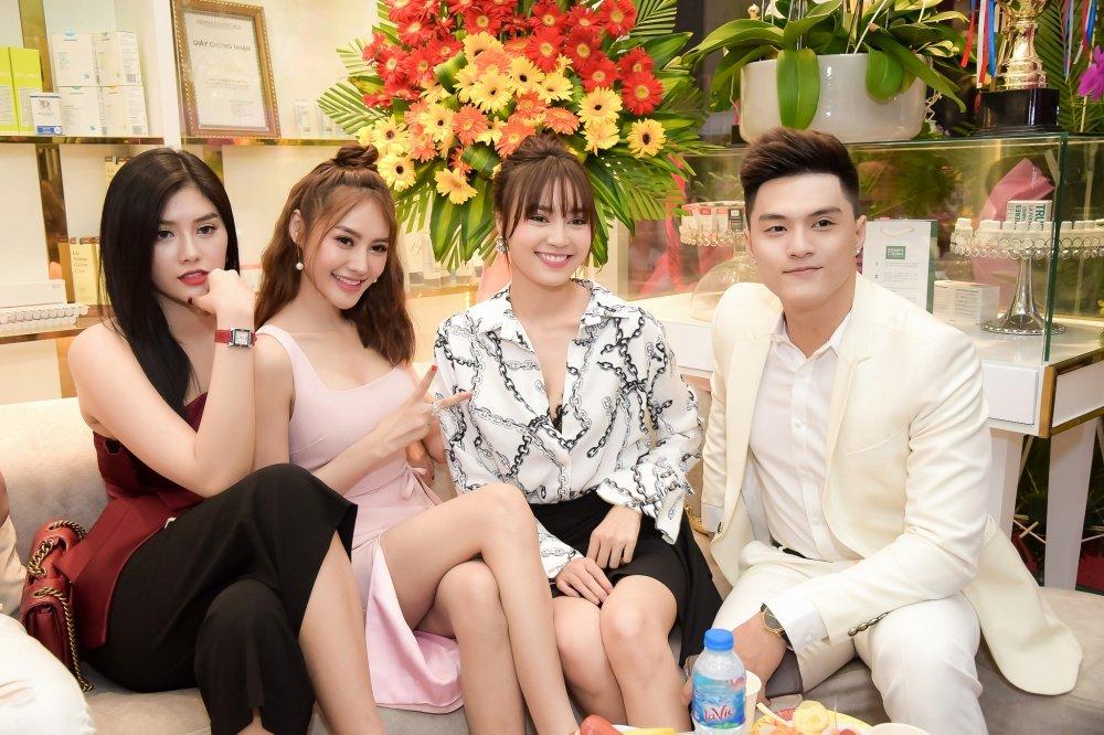 Linh Chi: 'Lam Vinh Hai la nguoi dan ong quan trong nhat voi toi' hinh anh 7