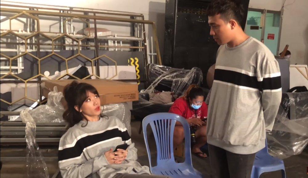 Video: Bat Hoa hau Huong Giang dong 100 nghin dong, Tran Thanh bi goi la do lua dao hinh anh 1