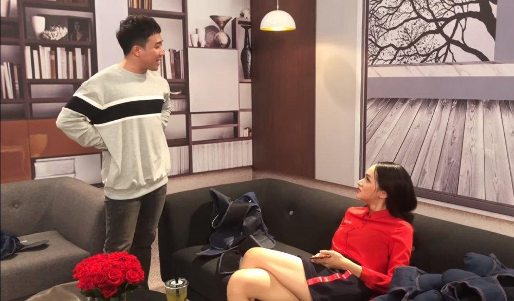 Video: Bat Hoa hau Huong Giang dong 100 nghin dong, Tran Thanh bi goi la do lua dao hinh anh 2