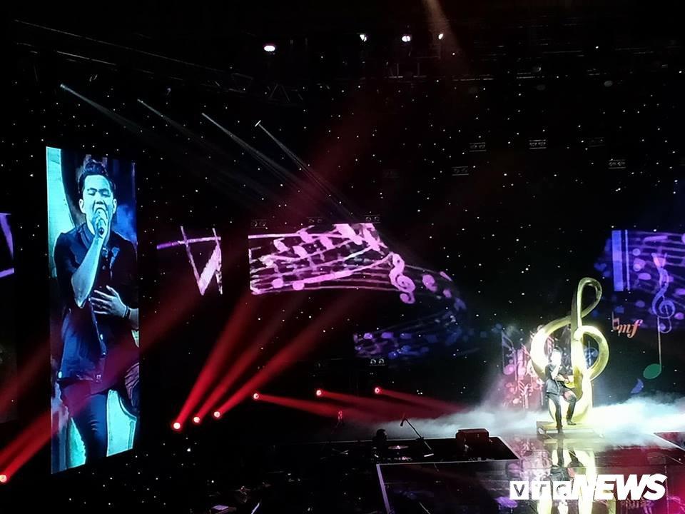 Chung ket 'Sing my song 2018': Lon xon band dang quang Quan quan hinh anh 10