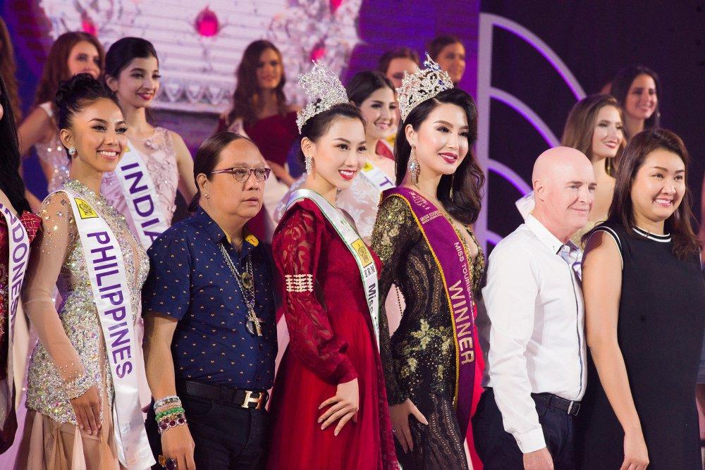 Giam khao Hoang Thu Thao khang dinh khong thien vi Dieu Linh tai 'Nu hoang Du lich Quoc te 2018' hinh anh 3