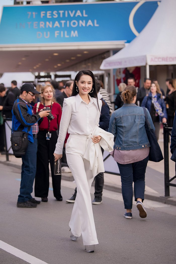Thu suc trong vai tro moi, phim cua Nha Phuong duoc trinh chieu tai Cannes hinh anh 4