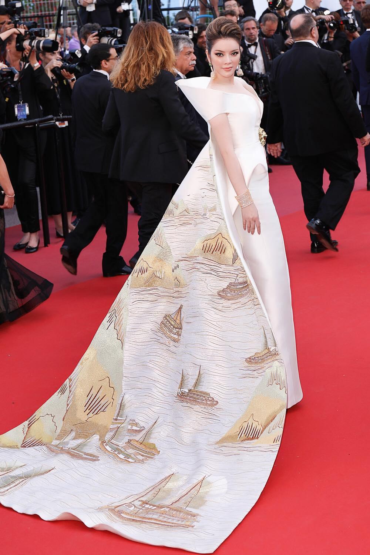Ly Nha Ky mang vinh Ha Long len tham do Cannes 2018 hinh anh 3