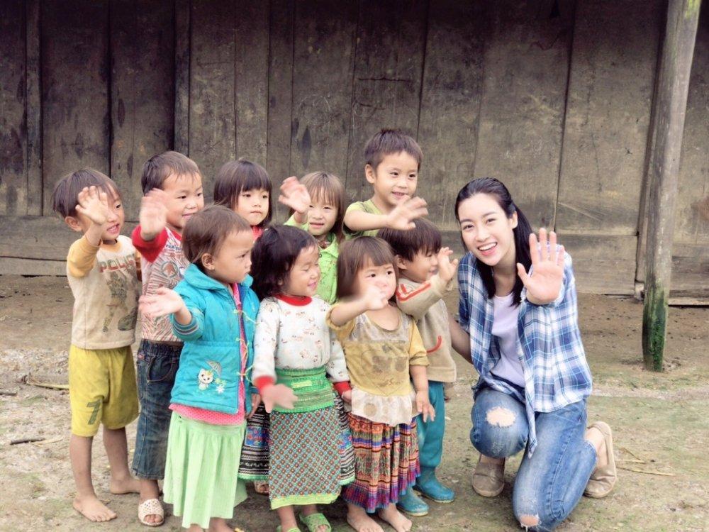Do My Linh gay tranh cai khi lam giam khao 'Hoa hau Viet Nam 2018', BTC noi gi? hinh anh 2
