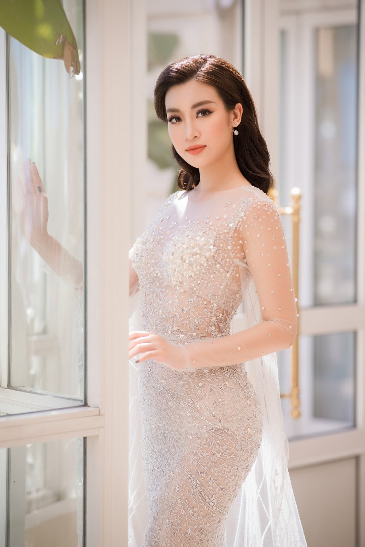 Do My Linh gay tranh cai khi lam giam khao 'Hoa hau Viet Nam 2018', BTC noi gi? hinh anh 1