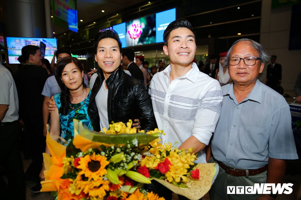 Vo Quoc Nghiep: 'Muon chong va anh Quoc Co han che thi dau' hinh anh 1