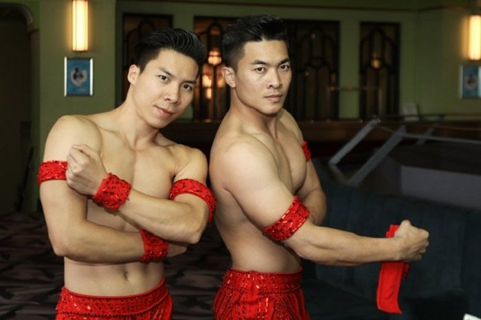 Suc khoe anh huong nghiem trong, Quoc Co - Quoc Nghiep phai huy show dien tam huyet hinh anh 2