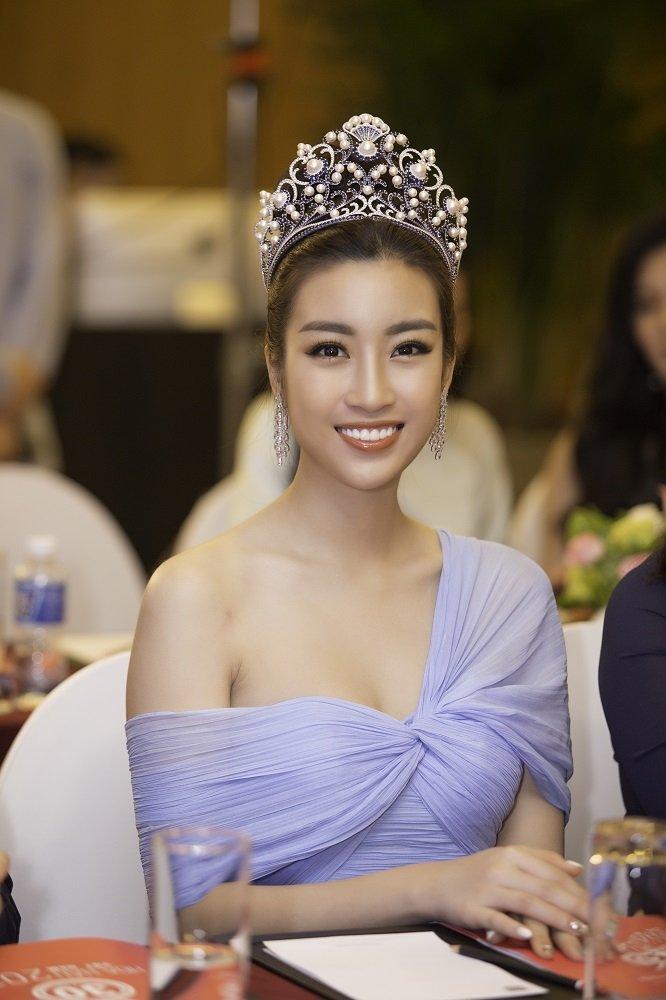 Hoa hau Viet Nam 2018 khang dinh khong bo phan thi bikini hinh anh 3