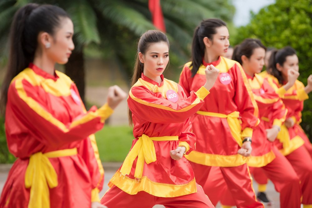 Top 30 thi sinh Hoa hau Viet Nam 2018 di quyen tren dat vo Binh Dinh hinh anh 7