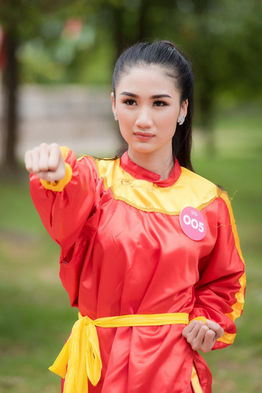 Top 30 thi sinh Hoa hau Viet Nam 2018 di quyen tren dat vo Binh Dinh hinh anh 4