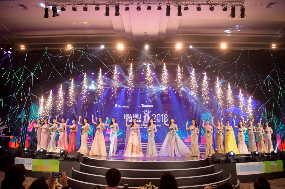 Lo dien 19 thi sinh dau tien buoc vao chung ket 'Hoa hau Viet Nam 2018' hinh anh 1