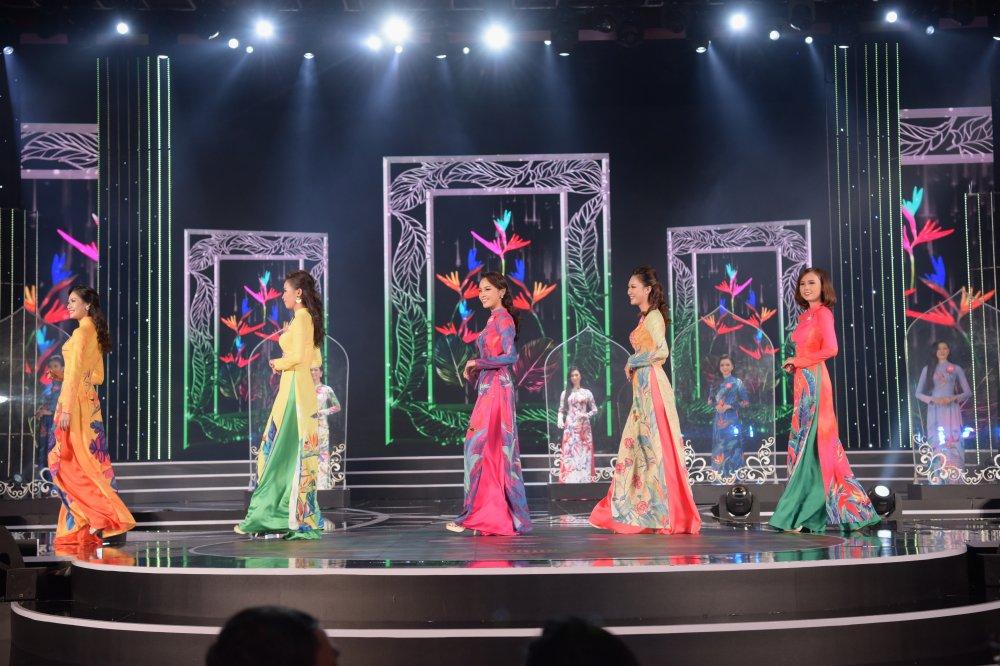 Lo dien 19 thi sinh dau tien buoc vao chung ket 'Hoa hau Viet Nam 2018' hinh anh 8