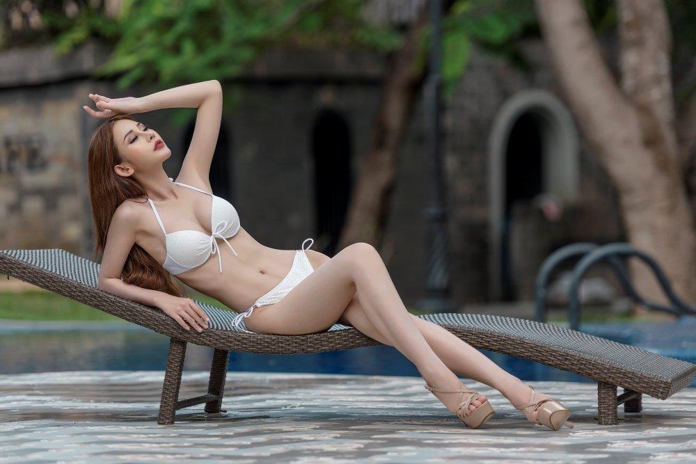 Chi Nguyen khoe vong eo 58cm truoc phan thi bikini cua 'Hoa hau Chau A The gioi 2018' hinh anh 2