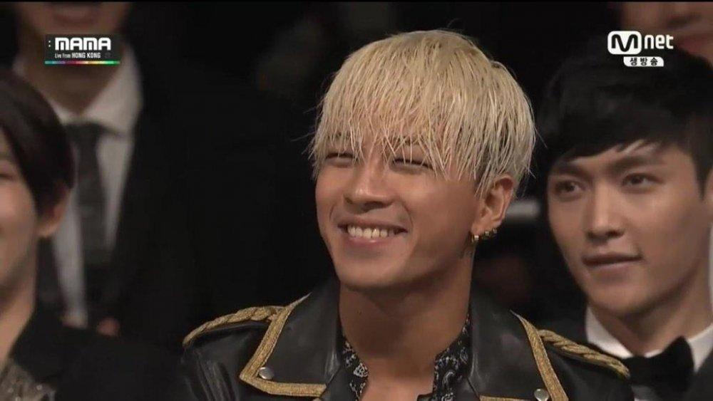 Anh Tu hoa than thanh Taeyang Big Bang, khoe than hinh 6 mui gay phan khich hinh anh 1