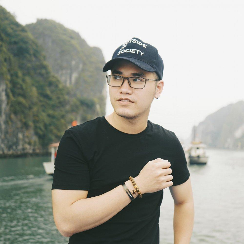 Khac Hung sang tac nhac phim 'Chuyen di cua thanh xuan' cho dao dien Nguyen Quang Dung hinh anh 1