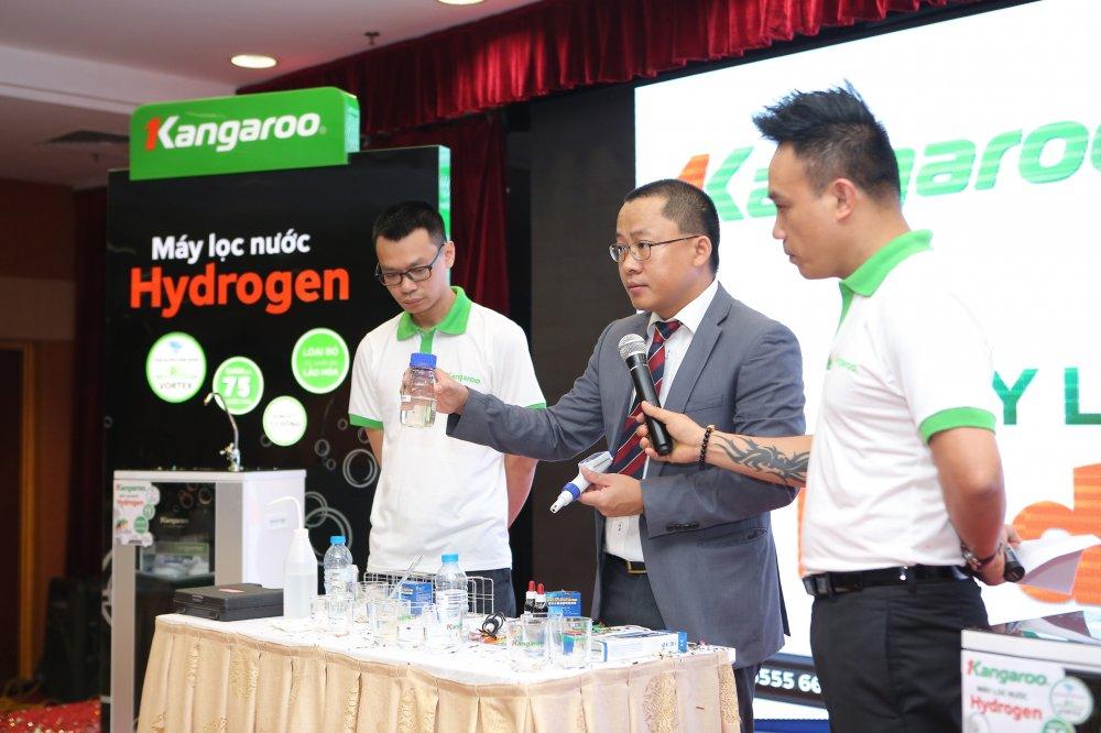 CEO Kangaroo Nguyen Thanh Phuong: Muon dan dat thi truong phai di tien phong hinh anh 2