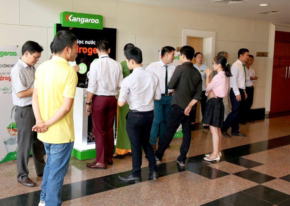 CEO Kangaroo Nguyen Thanh Phuong: Muon dan dat thi truong phai di tien phong hinh anh 1