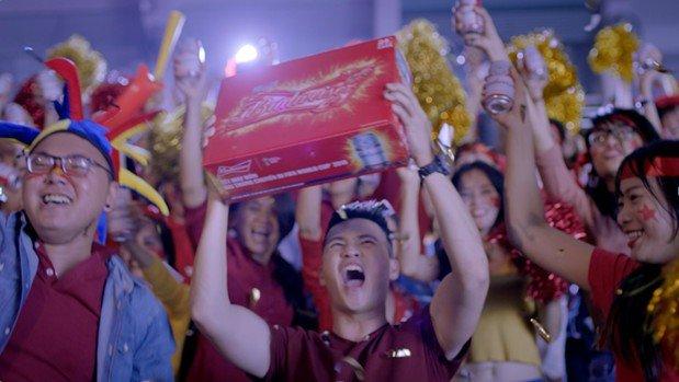 Nay fan bong da, hay chu y suc khoe cua ban mua World Cup nay! hinh anh 1