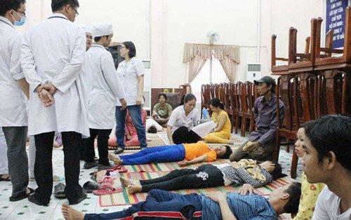 An dam cuoi o Ninh Thuan, 185 nguoi bi ngo doc: So Y te thong tin nguyen nhan hinh anh 1