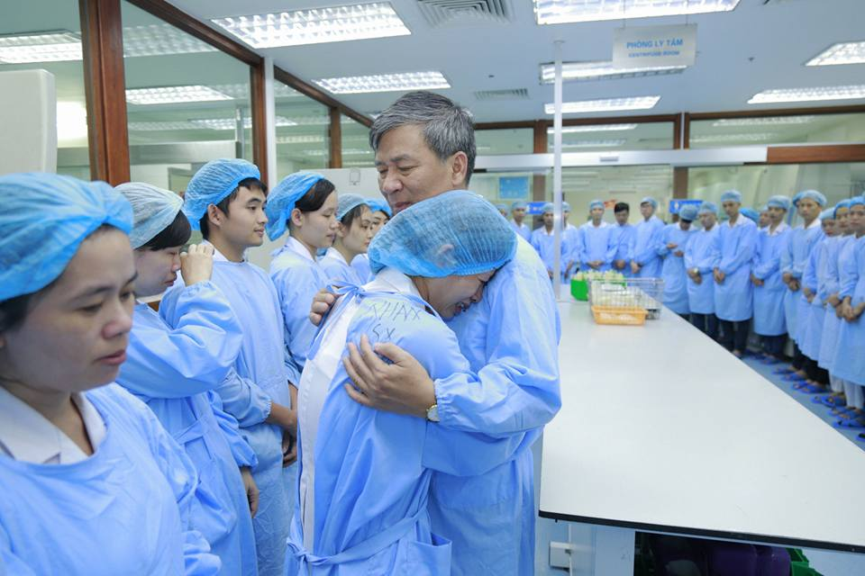 Nghen ngao buoi giao ban cuoi cung cua Giao su Nguyen Anh Tri truoc ngay nghi huu hinh anh 11