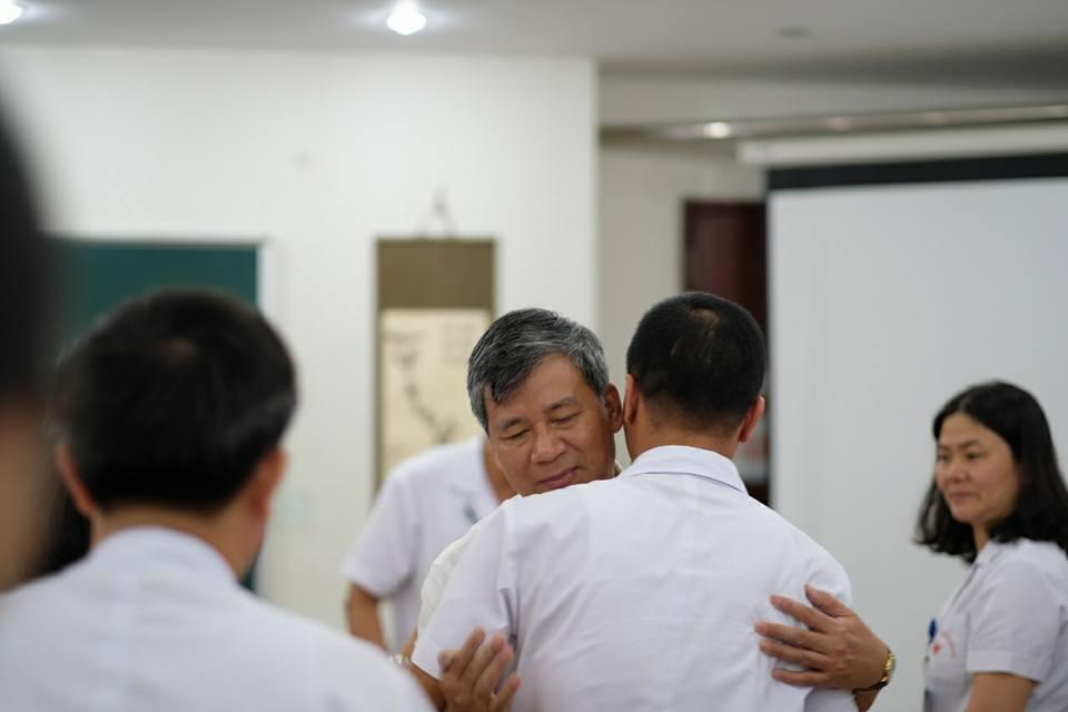 Nghen ngao buoi giao ban cuoi cung cua Giao su Nguyen Anh Tri truoc ngay nghi huu hinh anh 5