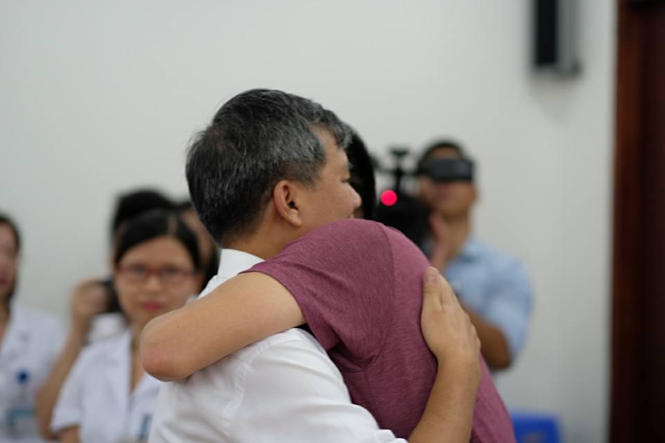 Nghen ngao buoi giao ban cuoi cung cua Giao su Nguyen Anh Tri truoc ngay nghi huu hinh anh 6