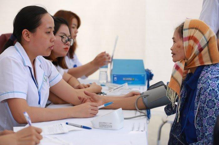 Thay doi cach tinh luong huu tu 1/1/2018: Tang so nguoi xin ve huu non hinh anh 1