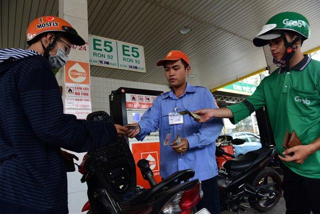 Ethanol tang gia vi doc quyen, uy hiep xang E5? hinh anh 2