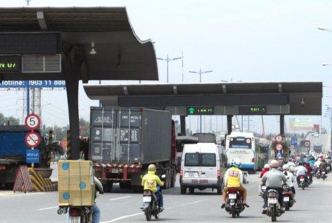 TP.HCM len phuong an du phong nguoi dan phan doi tram BOT hinh anh 1