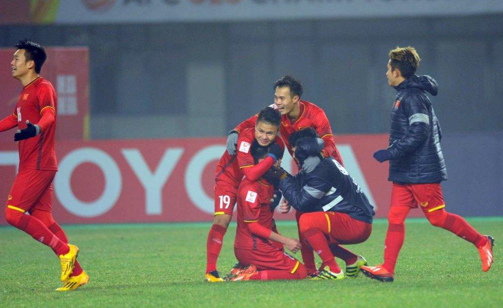 U23 Viet Nam dai thang, doanh nghiep Viet hoan toan co the ra bien lon hinh anh 1