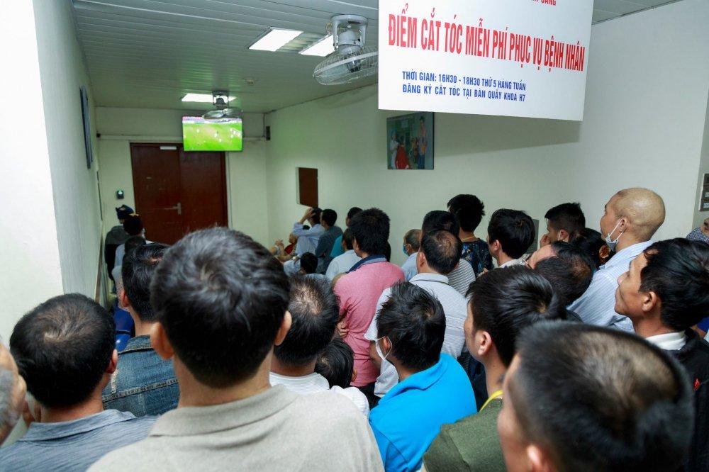 Benh nhan quen dau, quen song chet co vu U23 Viet Nam: Khoanh khac bong da noi trieu trai tim hinh anh 1