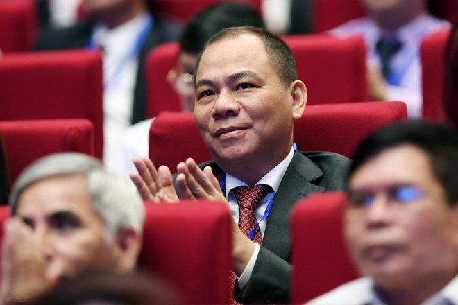 Ty phu Pham Nhat Vuong mat 1,1 ty USD sau con dia chan chung khoan hinh anh 1
