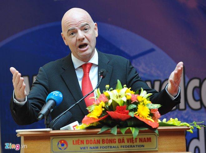 Chu tich FIFA: 'Toi cam thay tu hao ve bong da Viet Nam' hinh anh 1