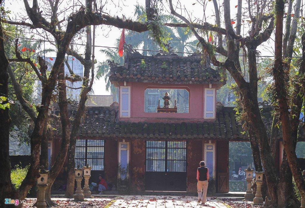 Kham pha ngoi chua co buc tranh tuong 9 con rong lon nhat Viet Nam hinh anh 13
