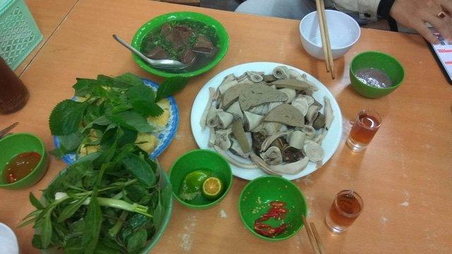 Dai gia Viet 'san' ban ghe nu 3 ty, sam Ngoc Linh 1 ty hinh anh 4