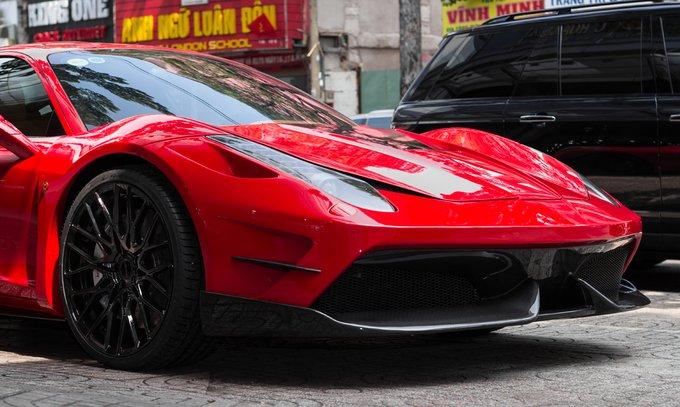 Can canh sieu xe Ferrari 458 do tien ty o Sai Gon hinh anh 2