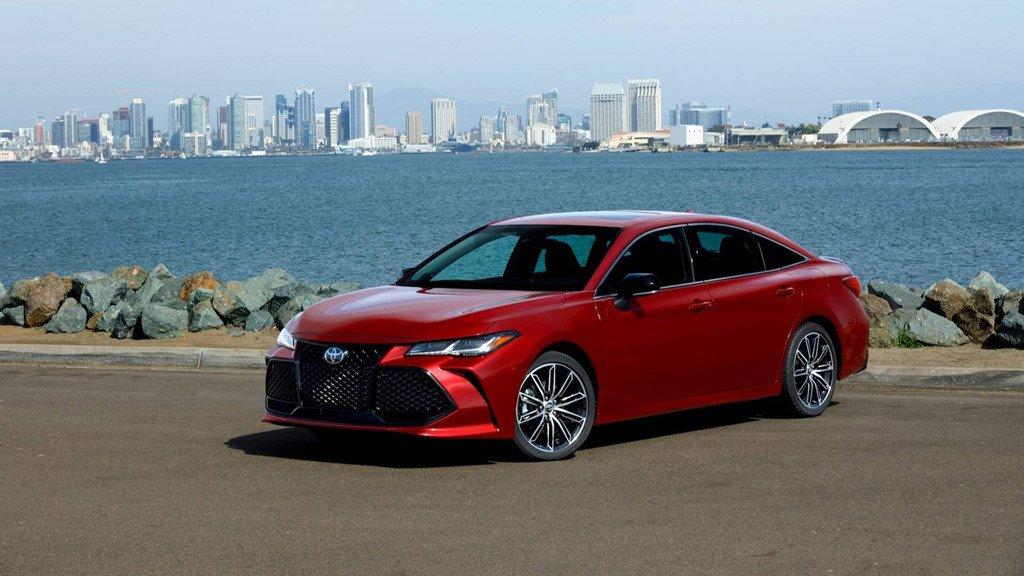 Toyota Avalon 2019 ra mat: Nhieu cong nghe, gia tu 35.500 USD hinh anh 1