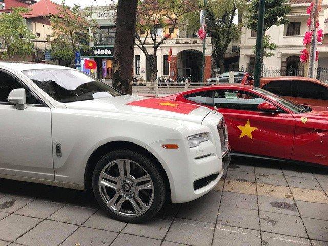 Khong chi buon dong ho chuc ty, dai gia Ha Noi nay con so huu bo suu tap sieu xe khung hinh anh 14