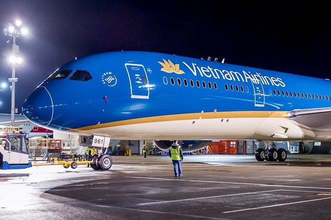 Ban suat an cho Vietnam Airlines, doanh nghiep thu gan 2 ty dong/ngay hinh anh 1