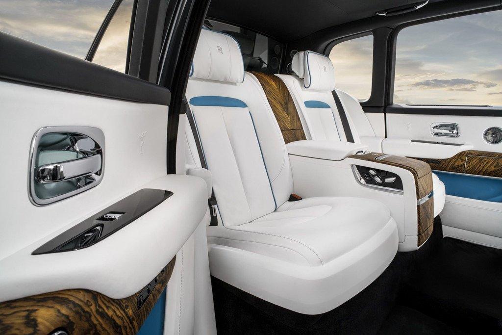 Rolls-Royce Cullinan: Doi thu dang gom cua Bentley Bentayga hinh anh 6