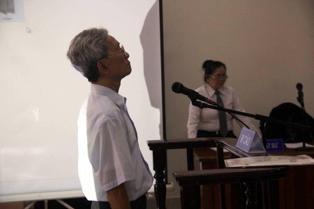 Xet xu toi pham dam o Nguyen Khac Thuy: Mot phien toa 'bao che' cho su doi bai, quay lung lai voi tre em hinh anh 1