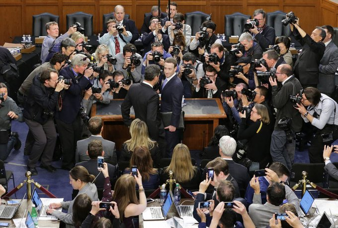 Mark Zuckerberg giup Facebook thong tri the gioi the nao? hinh anh 14