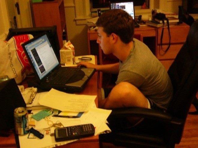 Mark Zuckerberg giup Facebook thong tri the gioi the nao? hinh anh 2
