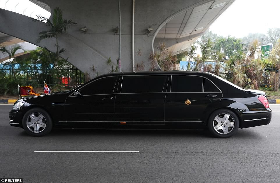 Soi can canh xe 'khung' Mercedes-Benz S600 dac trach cho ong Kim Jong Un tai Singapore hinh anh 2