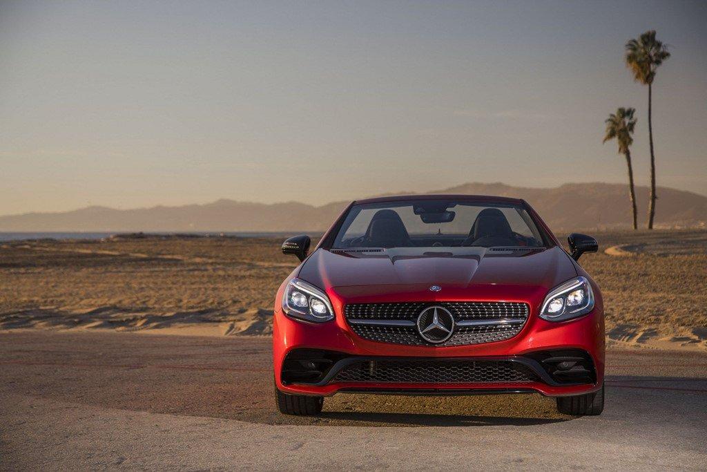 Mercedes-AMG SLC 43 2019 nang cap suc manh hinh anh 1